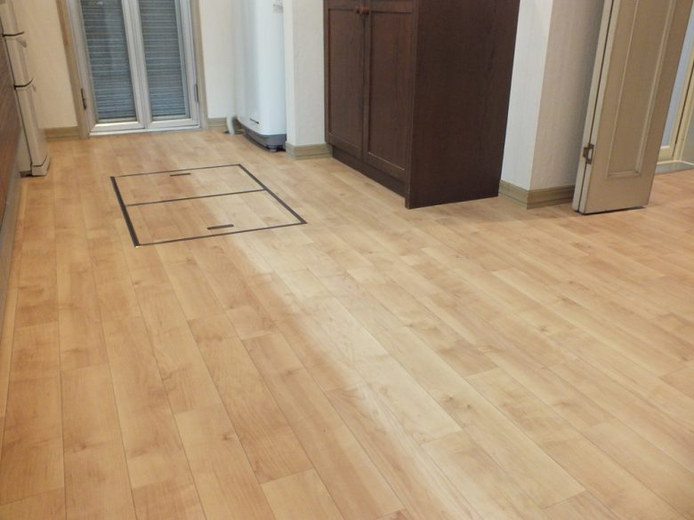 床も新しく張替えました。