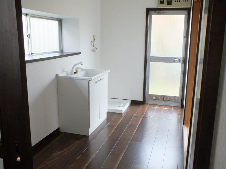 以前のキッチンは洗濯室になりました
