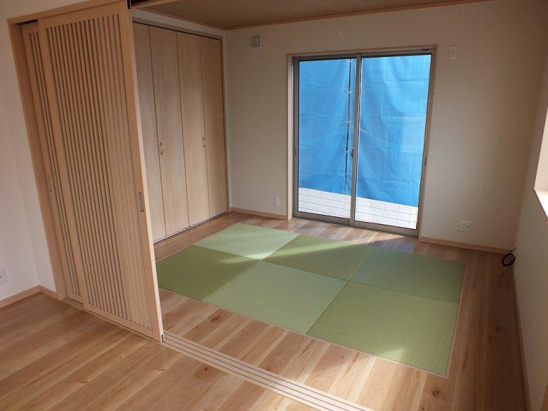 畳は全面でなく1部に敷きました